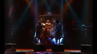 Thin Lizzy - Cold Sweat (Thunder & Lightning Tour)  5/11