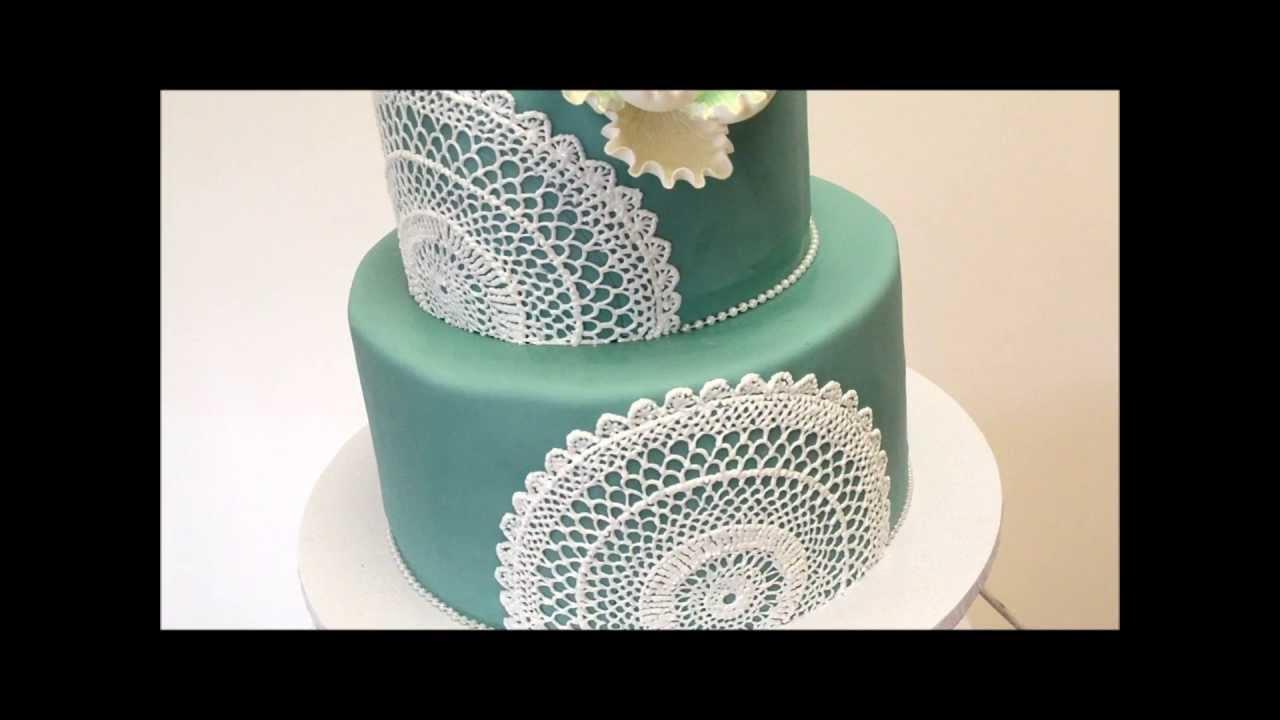Small wedding cake fondant wedding cakes youtube small wedding cake fondant wedding cakes junglespirit Choice Image