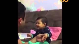 Tırnakları kesilirken ağlama numarası yapan sevimlilik abidesi bebek :)