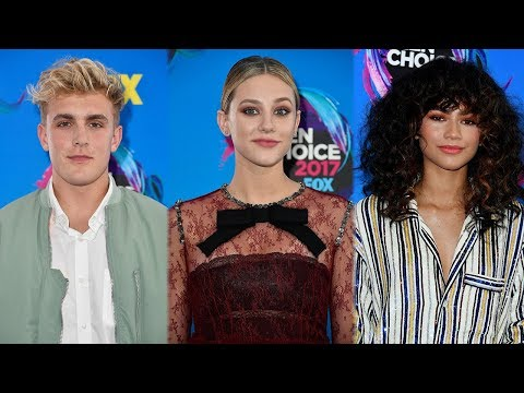 7 BEST Dressed Stars On The 2017 Teen Choice Awards Carpet