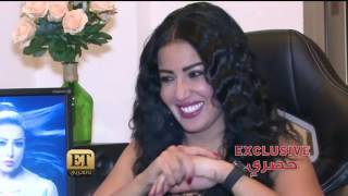 فيديو فستان سمية الخشاب يضعها في موقف محرج وهكذا أنقذت الموقف!