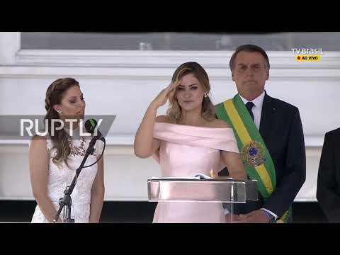 Brazil: Bolsonaro's wife gives speech in sign language at swearing-in