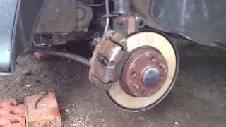 видео Замена передних тормозных колодок на ВАЗ 2114: Как снять и поставить самому