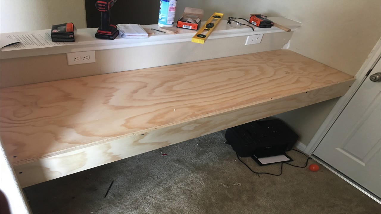 DiY: How to build a floating desk (4K)
