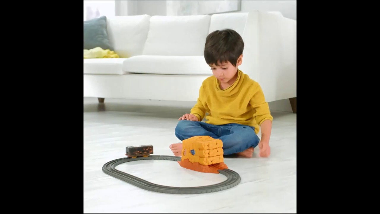 new product 76cf0 ed009 Smyths Toys - Fisher-Price Thomas & Friends TrackMaster Tunnel Blast Set