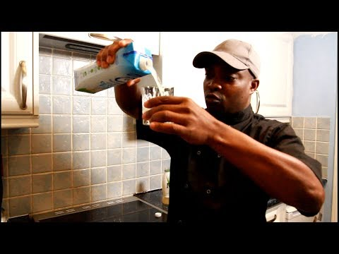 Aloe very and coconut water to detox your body - Chef Ricardo Juice Bar & Salad !!