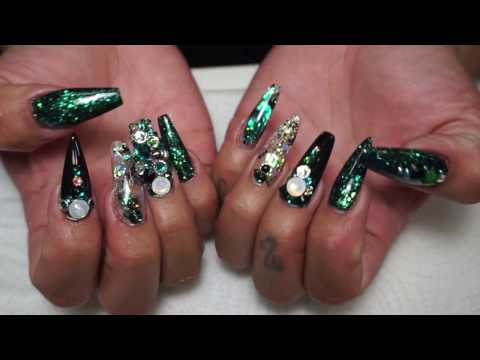 Watch me January (RAVE GREEN ACRYLIC NAILS) 2017