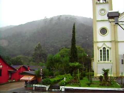 Angelina Santa Catarina fonte: i.ytimg.com