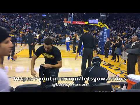 """Views from warmups: tunnel run + Steph Curry super scoop (missed), Klay's """"right now"""" ritual"""