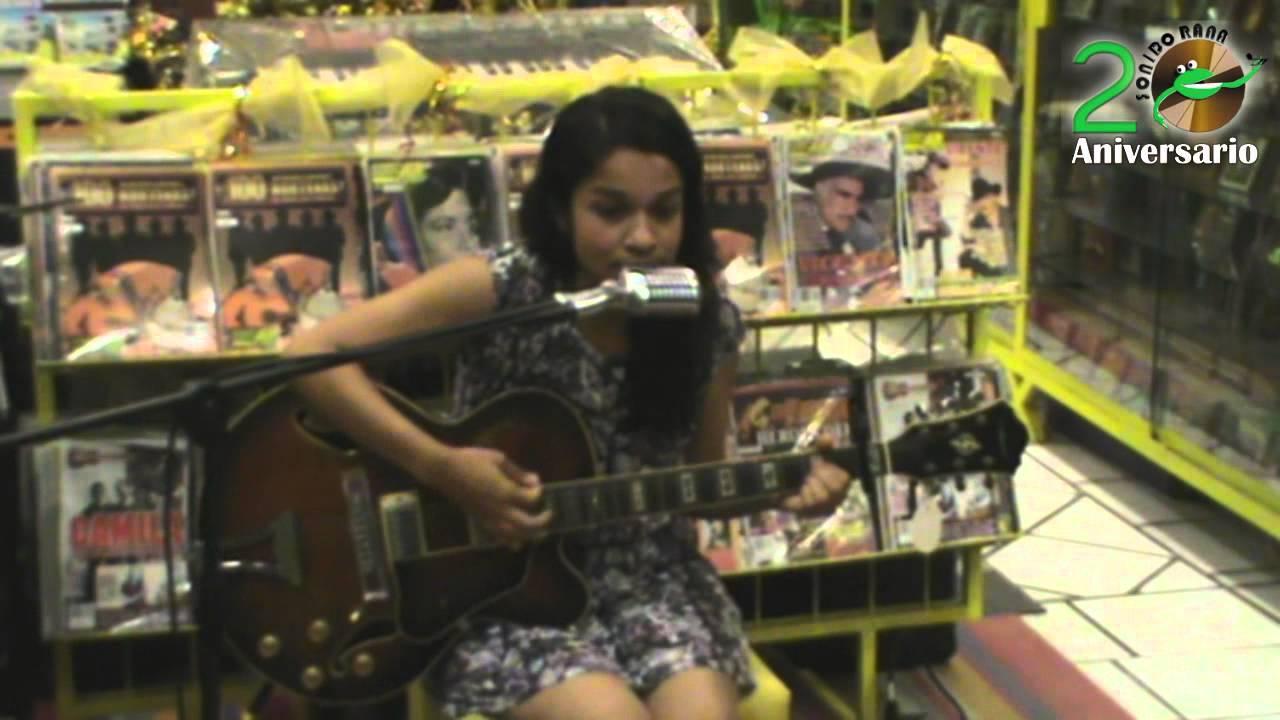 96.Sarah en la luna - Words of love - YouTube