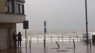 13 jan 2017 Westende Belgium Stormtij 14:00h