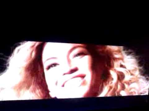 Beyonce and her nephew sings a song for Blue