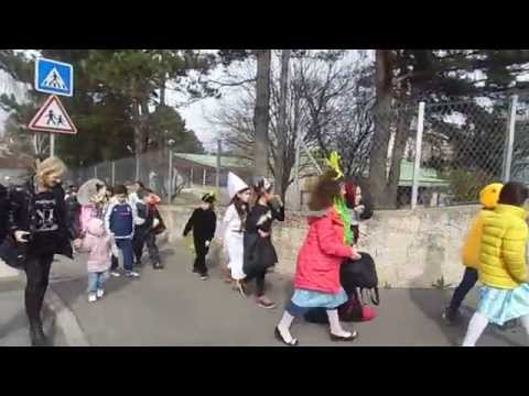 Carnaval 2015 de l'école des Sablon de Décines