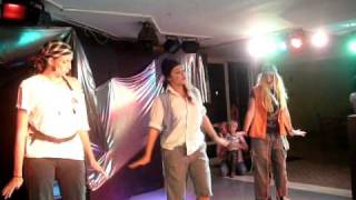 THE Penguin Dance @ Alcudia Pins