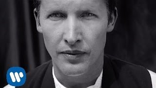 Repeat youtube video James Blunt - When I Find Love Again [Official Video]