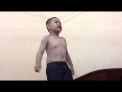 Len Noc Nha, Bat Con Ga ( Bui Tran Duy Anh - 5 years )