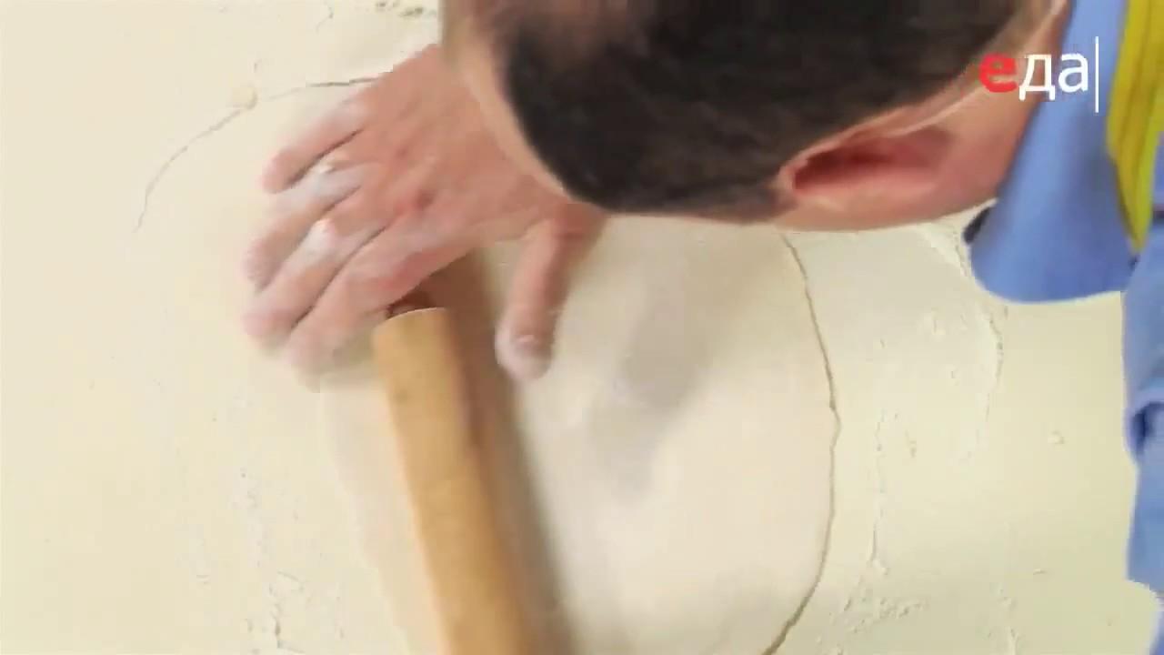 Как раскатывать тесто для чебуреков