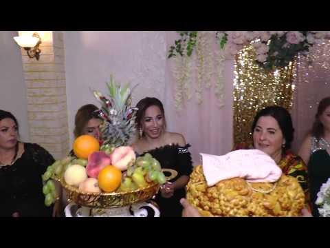 Botezul, Cumătria .Кумэтрия Амиры 3 серия