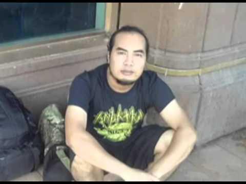 Vokalis Malaysia maut ditetak