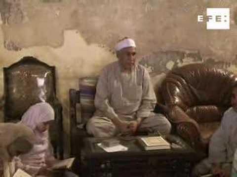 los-niños-egipcios-utilizan-las-vacaciones-para-memorizar-el-corán-