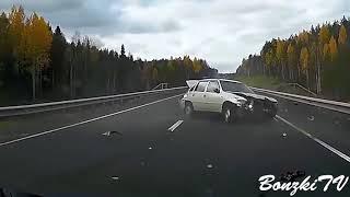 Car Crash Compilation 2017   Part 20