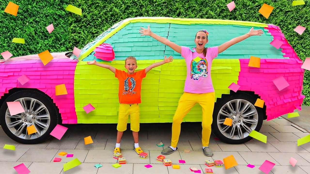 Download Vlad and Niki colored car for mommy