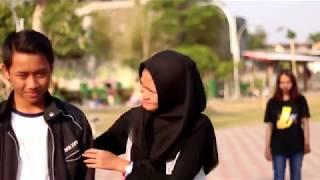Download lagu Video Clip BAGAIKAN LANGIT DAN BUMI (Bikin Baper) - Terbaru