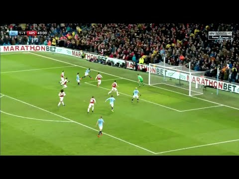 Guardiola Tactically OUTCLASSED Emery | Manchester City - Arsenal Tactical Analysis
