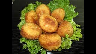 """Жареные пирожки с начинкой. Пирожки """"Бомбочки"""" с колбасой помидором и сыром."""