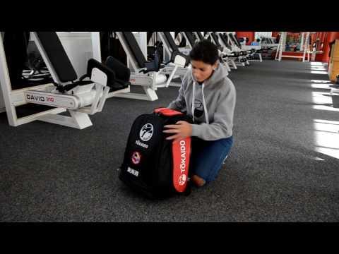 New Karatebag for Kumite and Kata! Tokaido Monster Bag Pro I Demo by Fanny Clavien