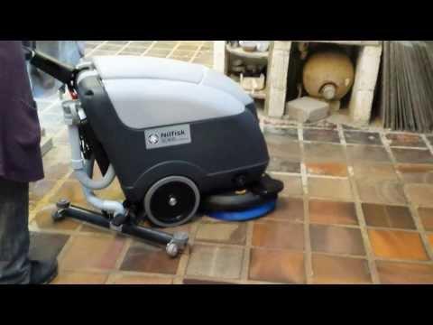 Nilfisk SC 400 Scrubberdryer cleaningmachines.ie