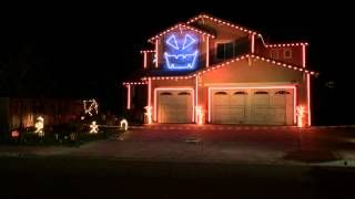 """""""Thriller"""" Halloween house light show 2014"""