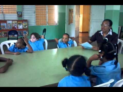 Escuela Republica Dominicana, Ninos de Segundo Grado