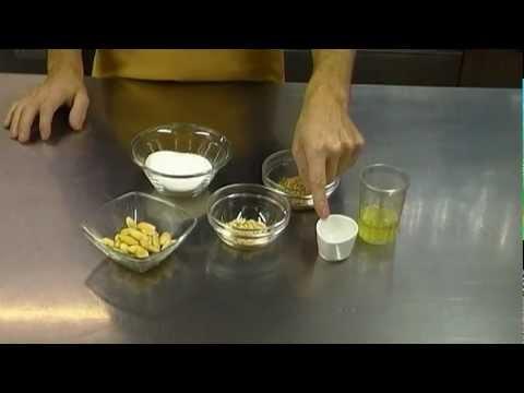 Glassa o Ghiaccia per colomba pasquale o panettone ricetta