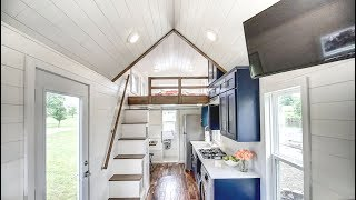 Gorgeous Luxury Tiny House With A Great Kitchen
