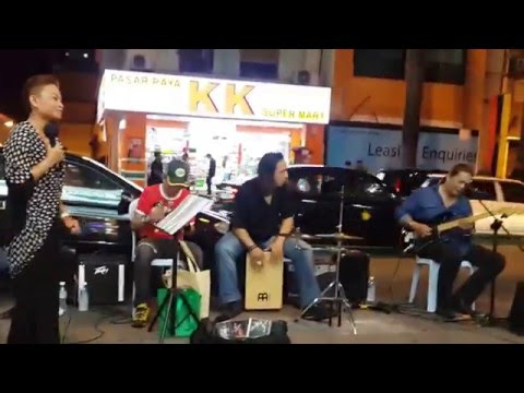 ayam den lapeh-The legend band busker cover