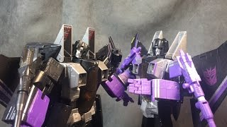 Transformers: MP-11 Skywarp vs Walmart Exclusive MP Skywarp Thumbnail