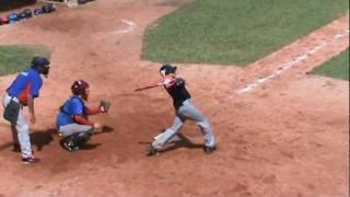 Emmanuel Ojeda batea descomunal home run en torneo nacional de beisbol