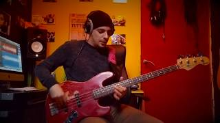 Bass Solo in E minor (Working dexterity or M******ATING The NECK :-))