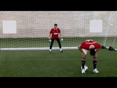 "Javier Hernandez ""Chicharito""  |  VS  |  David De Gea   |  Manchester UTD"