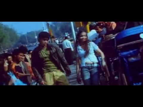 LAL  QILE KE PICHHE KUTUB KE NICHHE (High Quality Full Video Song)   TERE SANG 2009