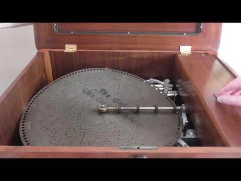Lochmann Original 17 inch musical box