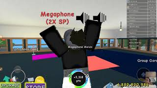 Playing Roblox with new Galaxy Tab e witch is very Big Tab