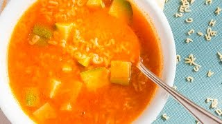 Sopa de pasta de letras con verduras - Receta de Cocina al Natural