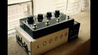 TC Ditto X4 Vs. Boss RC300 - Loop Pedal Comparison
