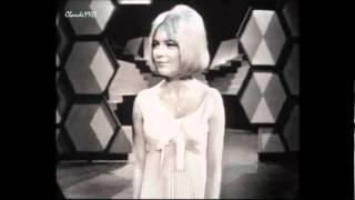 Búp bê không tình yêu - France Gall - 1965 (Poupée de cire, poupée de son: Nhạc Pháp)