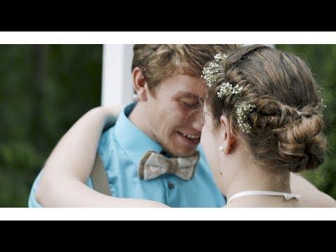 Married on Lake Michigan | Kari + Tanner
