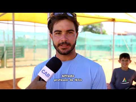 Oficina de Respiração e Yoga reúne jovens de escolas públicas na ATG (Associação de Tênis do Gaúcho)