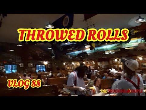 THROWED ROLLS AT LAMBERT'S CAFE, SIKESTON, MO - SERVER SINGS AMAZING GRACE VLOG 88
