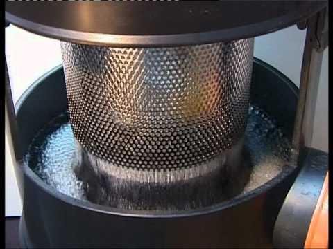 Filtrer l 39 eau de pluie recyclage et r utilisation doovi - Recuperateur d humidite ...